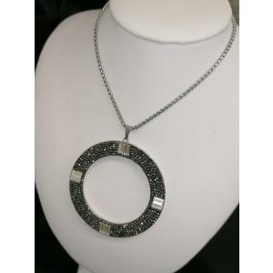 Rodióvaný swarovský náhrdelník.